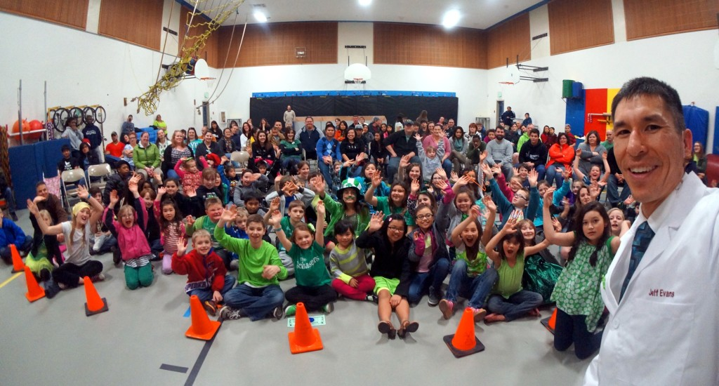 Esquire Hills Elementary families enjoy an evening of science with Jeff Evans